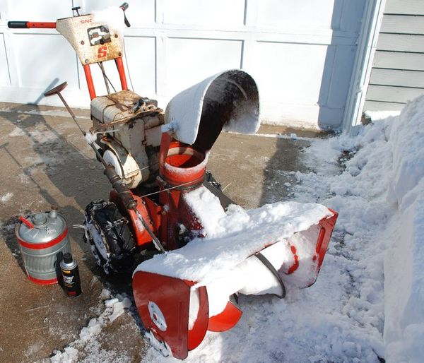 Snow Chains For Tires >> The 40 Year-old Simplicity Sno-Away S5 Snow Thrower - Not ...