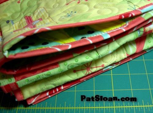 Pat Sloan's QuiltersHome: Pat Sloan Machine Binding tutorial : machine binding a quilt - Adamdwight.com