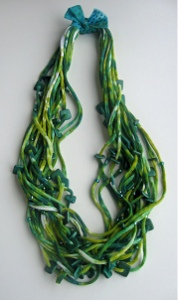 Tissue-Knit-Necklace