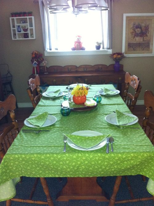 Michele foster nikki fabric for thanksgiving setting