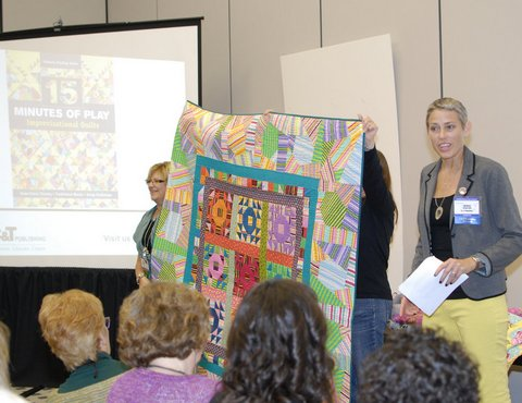 Victoria Findlay Wolfe quilt market2