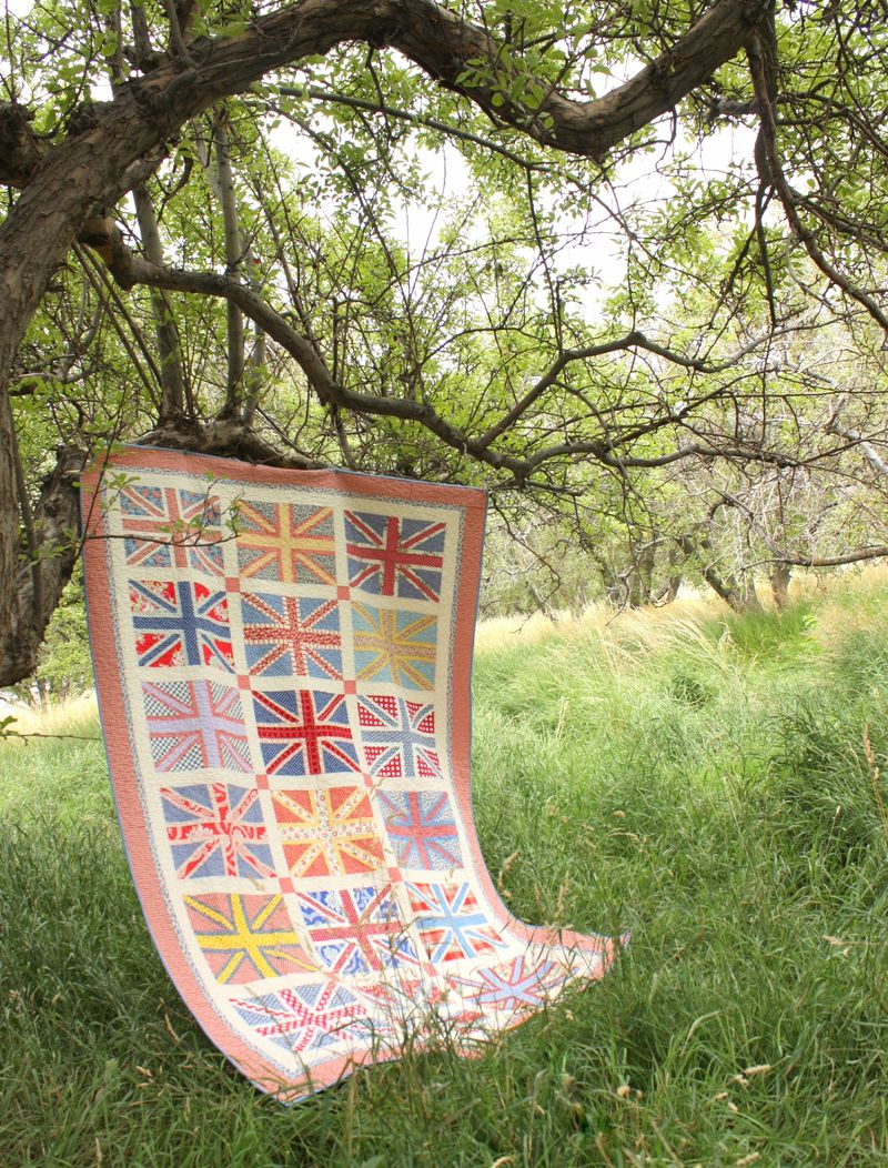 Amy Smart Union Jack Quilt Orchard  Full.2