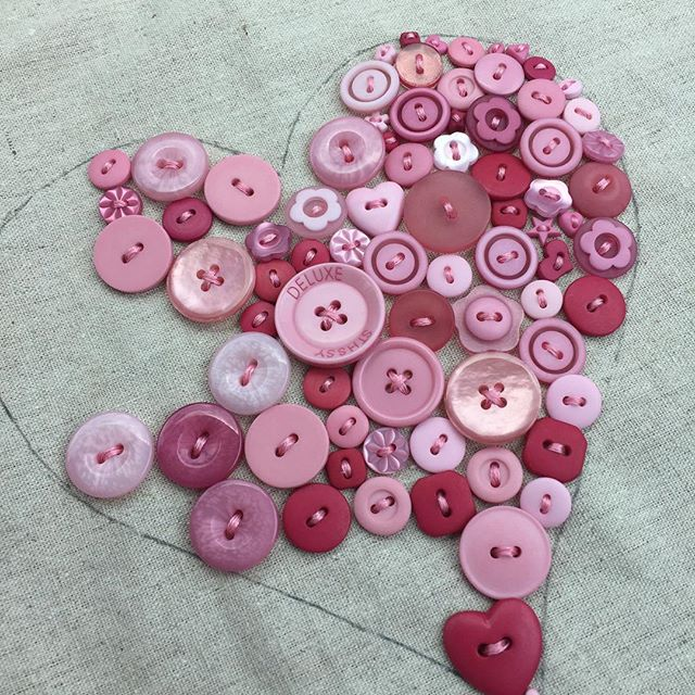 Fat quarter shop button heart