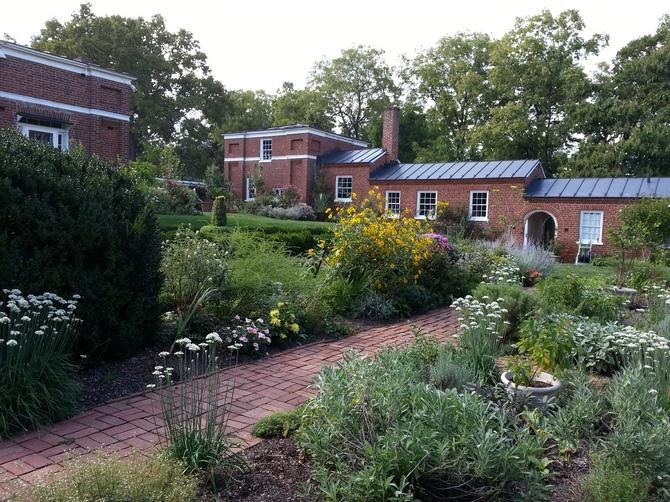 Pat sloan kitchen garden