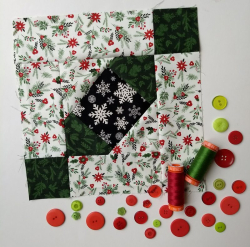 Pat Sloan Block 10 Merry and Bright large