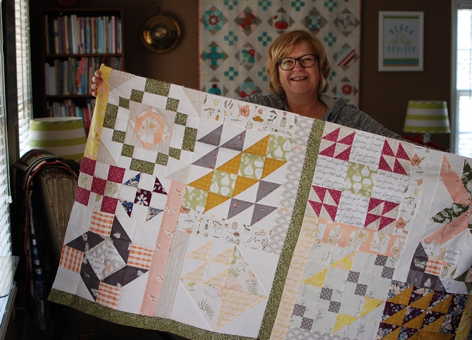 Pat Sloan Block 11 A Flower Bouquet top half