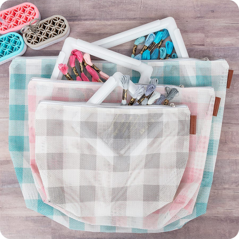 Gingham-on-the-go-3-piece-project-bag-set-additional