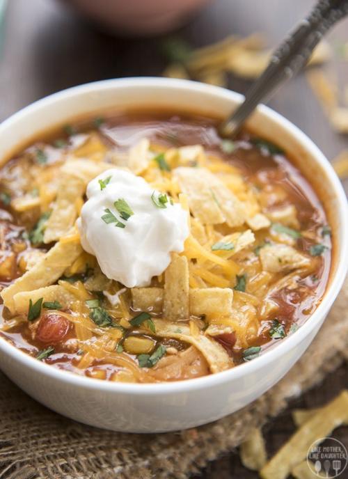 Slow-cooker-chicken-enchilada-soup-4
