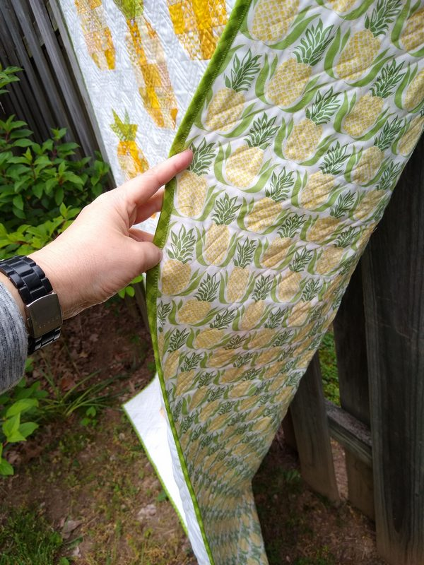 Pat sloan pineapple quilt done pic 4