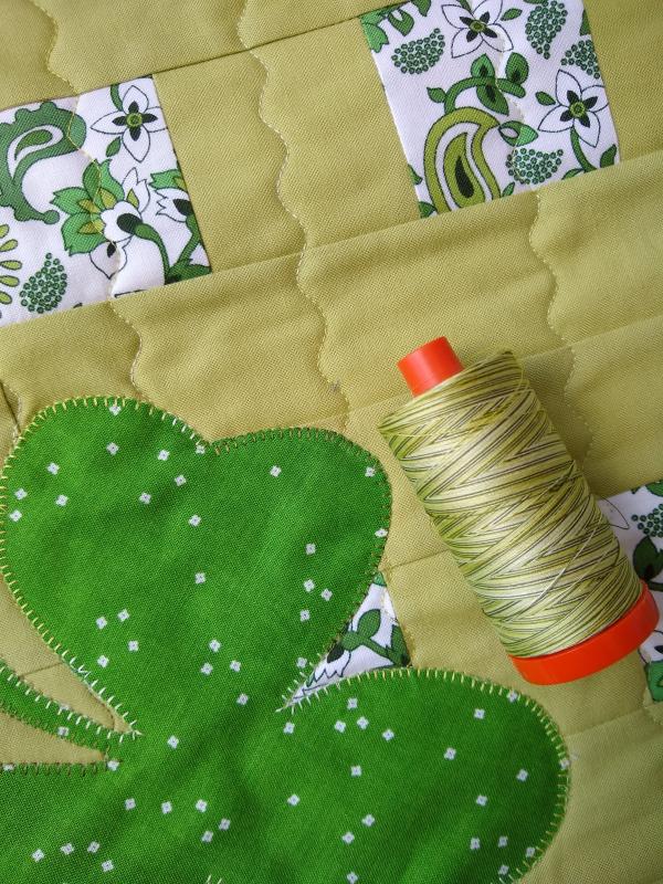 Pat sloan aurifil thread