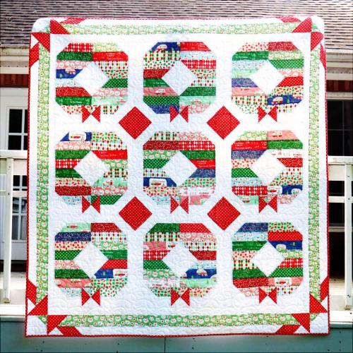 Holly-Jolly-Wreath-Christmas-Quilt-1024x1024