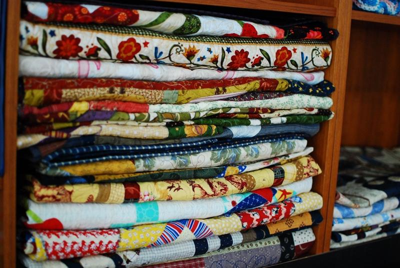 Pat sloan quilts on shelf